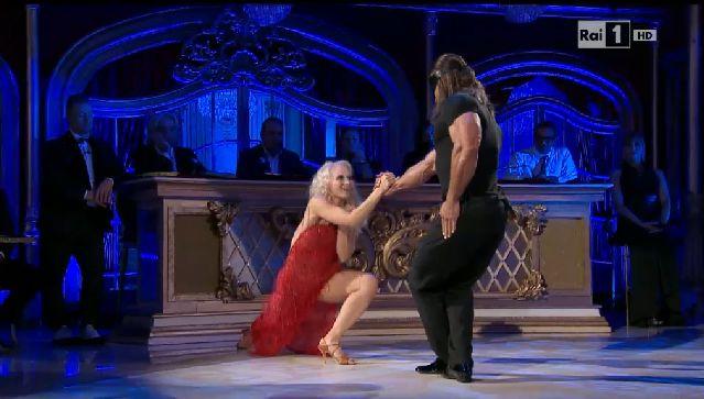 joe-maska-veera-kinnunen-ballando-con-le-stelle-8-novembre