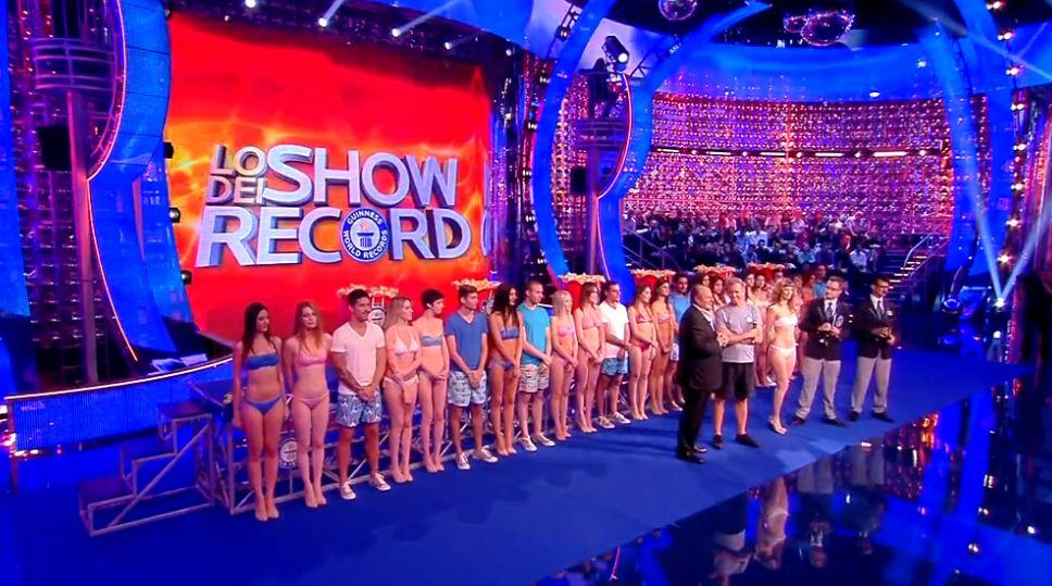 cuffie-piscina-lo-show-dei-record-2