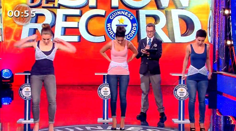 lo-show-dei-record-2015-reggiseni-3