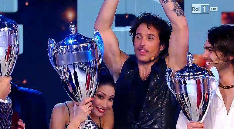 notti-sul-ghiaccio-2015-finale-vince-giorgio-rocca-3