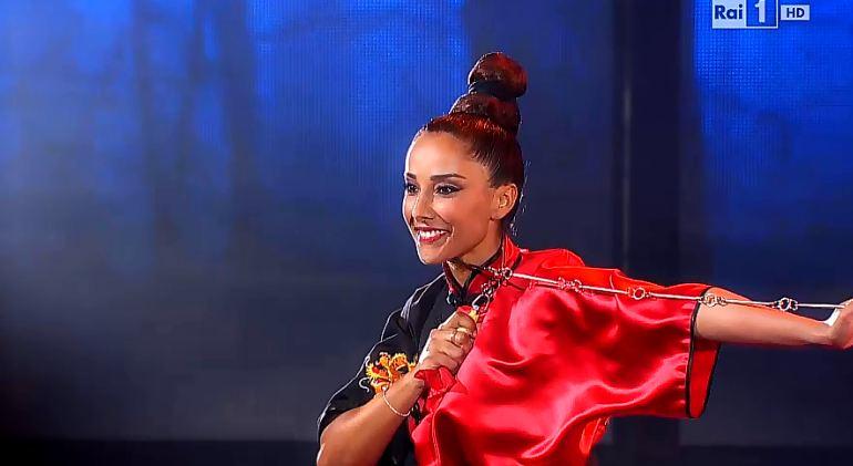 juliana-moreira-si-puo-fare-27-aprile-2015