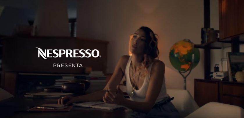 Pubblicit nespresso 2016 canzone modella video spot for Artista pubblicita nespresso